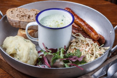 English lunch: сoleslaw, puree or fries, soup selection, sausages, croutons